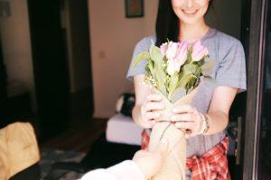 Bouquet, Fleurs, Cadeau, Geste, Romantique, Tulipes